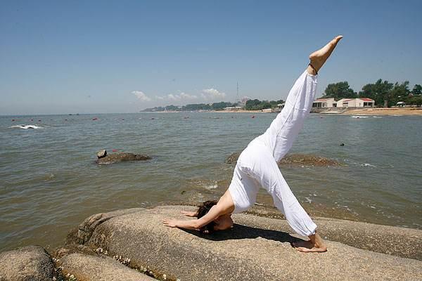 体验瑜伽抗衰老的魅力